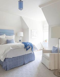 creamy white bedroom with periwinkle blue accents, periwinkle blue, lavender blue, sherwin williams dahlia, pantone little boy blue Small Cottage Homes, Small Cottages, Cottage House Plans, Small House Plans, Small Homes, Tiny House Living, Small Living, Romantic Bedroom Lighting, Coastal Bedrooms