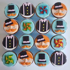 Cupcake decorado 2D no tema Mundo Bita Para comemorar o 1 aninho do Lucas 🎉 . . . . Valores e orçamentos pelo Whatsapp 21 98303-7578. .… Childrens Party, Little Boys, Tutu, Baby, Baby Boy Birthday, Party Ideas Kids, 1 Year Anniversary, Toddlers, Ballet Skirt