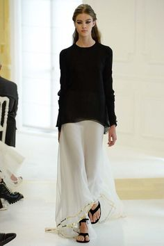 Christian Dior Fall 2016 Couture: Tilda Swinton