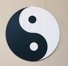 Yin Yang klassisch rund ø500 mm, Holz geölt, Wandbild, Wohnräume, Meditationsräume, Schreibtische, Schlafzimmer Yin Yang, Material, Kids Rugs, Symbols, China, Etsy, Home Decor, Art, Desks