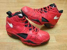 Nike Air Flight Maestro 2   Scottie Pippen Autographed All Star PE