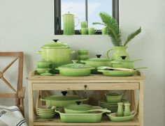 Le Creuset Palm Giveaway The most beautiful set! I love and want it. :)