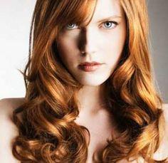 taglio lungo per capelli ondulati
