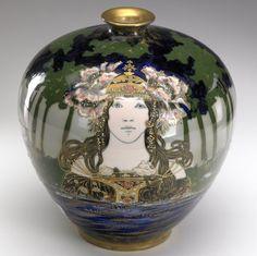 : AMPHORA RSTK Art Nouveau vase