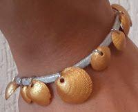 DIY pulseira de conchas inspirada no livro The Siren da Kiera Cass