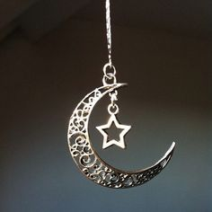 silver st⭐️r moon necklace Gypsy Jewelry, Moon Jewelry, Cute Jewelry, Jewelry Accessories, Jewelry Design, Unique Jewelry, Moon Necklace, Star Necklace, Silver Necklaces