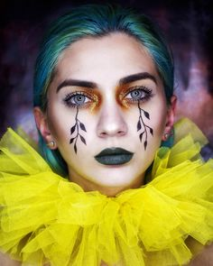 🧞♀️Creative makeup makes your eyes as clear as water, so natural effect, do you like it? Party Makeup Looks, Cool Makeup Looks, Creative Makeup Looks, Cute Makeup, Makeup Art, Makeup Stuff, Fall Makeup, Halloween Face Makeup, Halloween Contacts