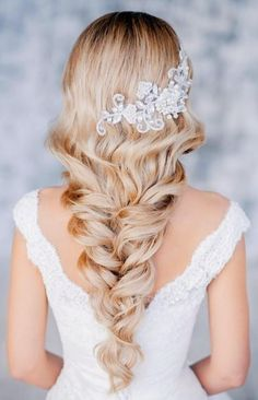 www.weddbook.com everything about wedding ♥ Beautiful braid-inspired bridal hair style  #weddbook #wedding #hair