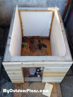 About insulated dog houses on pinterest dog houses dog house plans