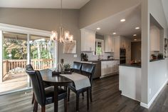 Dining room staged by Room Solutions Staging in Portland, OR #PortlandHomeStaging