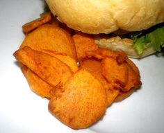 Very easy tasty recipe. I find that the chips are still soft cooking them for 18 minutes but I likw them this way. Cook longer to crisp them up. Easy Delicious Recipes, Snack Recipes, Cooking Recipes, Yummy Food, Snacks, Tasty Recipe, Air Fryer Chips, Actifry Recipes, Sweet Potato Chips