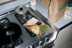 Arranged from breakfast to dinner- meals photographed (and eaten?) by Stephen Shore appearing in his monograph 'American Surfaces'. Stephen Shore, Thanksgiving Photos, William Eggleston, Martin Parr, Famous Photographers, Contemporary Photography, Good Ole, Color Photography, Street Photography