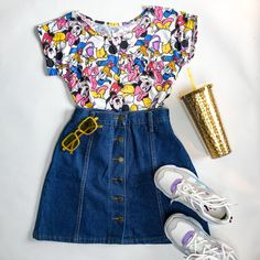 Skirt And Sneakers, Cute Skirts, Days Out, Casual Wear, High Waisted Skirt, Tee Shirts, Dress Up, Feminine, Jeans