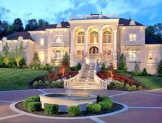 Living in Grand Style; http://folakeminuggets.blogspot.com/p/for-free-15-minutes-for-motivational.html