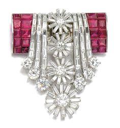 Lotto 194 - rubino e diamanti clip, 1950