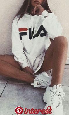 urban outfitters fila outfit ideas for teens - Outfits Urban Outfitters Clothes, Ropa Urban Outfitters, Urban Outfitters Fashion, Teenage Outfits, Outfits For Teens, Summer Outfits, Trendy Clothes For Teens, White Girl Outfits, Mode Outfits