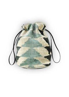 Velvet Drawstring Handbag | Artemis Design Co. Diy Pouch Bag, Drawstring Bag Diy, Black Tie Shoes, Fabric Bags, Leather Pouch, Bag Making, Bucket Bag, Purses And Bags, Handbags