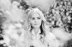 13-fotograf-sarpsborg-portrett-bunadsbilde-konfirmasjon Fredrikstad, Henna, Couple Photos, Couples, Pictures, Summer, Couple Shots, Couple Pics, Hennas