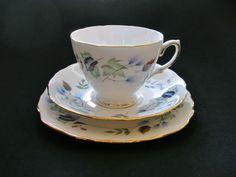 Colclough Vintage Bone China Trio Tea Cup Saucer Plate 8162 Linden England 1962