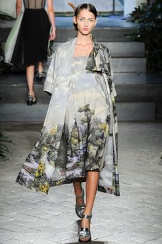 See all the Collection photos from Antonio Marras Spring/Summer 2014 Ready-To-Wear now on British Vogue Runway Fashion, High Fashion, Fashion Show, Womens Fashion, Fashion Design, Milan Fashion, Antonio Marras, Luisa Lion, Milano Fashion Week