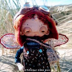 Niko a one of a kind little steampunk sand doodle dune bug Dee Day, Pixie Ears, Bug Art, Little Doodles, Jute Bags, Creative Gifts, Dune, Puppets, Art Dolls
