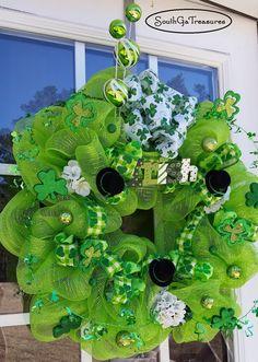 Price Reduced, Deco Mesh St Patricks Day Wreath, St Patricks Day Decor, Irish Door Wreath, Shamrock Wreath, St Patricks Deco Mesh Wreath