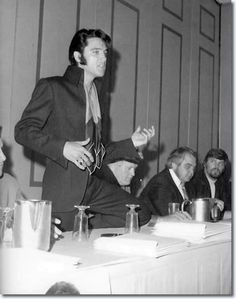 Elvis Presley Press Conference - Las Vegas 1969-this series is,by far, my most fav ever of this man!