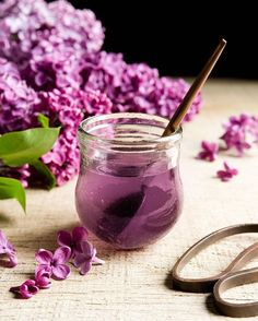Using lilac flowers, I make a simple syrup to add to desserts like panna cotta and gelato. You can also use it in cake recipes that require a syrup or as a summer cordial. The recipe is equal parts lilac, sugar and water. So 1 cup of lilac flowers (purple parts only, no brown stems or green leaves), 1 cup of sugar and 1 cup of water. The method is up on the blog - crop.fr/blog - link in profile.