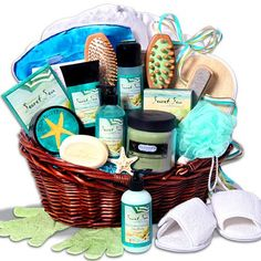 I love getting gift baskets and this one would be sweet!
