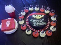 http://alissaroberts.hubpages.com/hub/Ninja-Themed-Birthday-Party-Do-It-Yourself-Ideas