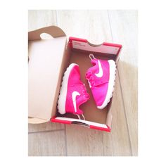 Nike Roshe One for my daughter  #nike #roshe #one