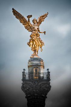Antiguo México, Somos como Tú: #Libres  #Monumento a la #Independencia, en la ciudad de México, #DF, #Mexico.