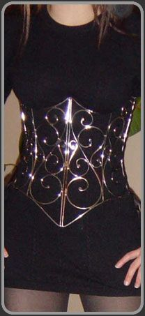 The swirl corset would look pretty on armor! Steampunk Fashion, Gothic Fashion, Gothic Steampunk, Steampunk Clothing, Victorian Gothic, Emo Fashion, Gothic Lolita, Bustier, Mode Inspiration