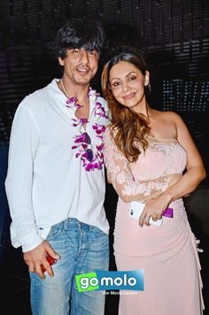 Shah Rukh Khan & Gauri Khan at the Launch of 'Planet Hollywood' beach resort in Goa