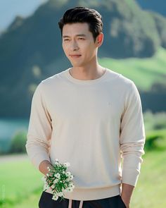 Crash Landing On You-KDrama_id-Subtitle Hyun Bin, Handsome Male Models, Handsome Actors, Drama Korea, Korean Drama, Asian Actors, Korean Actors, Korean Celebrities, Celebs