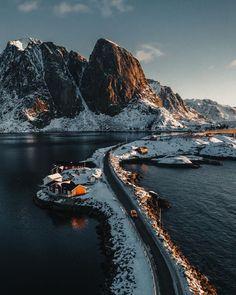 Lofoten, Lago Tahoe, Alaska, Travel Photographie, Norway Travel, Voyage Europe, Beautiful Places To Travel, Travel Aesthetic, Wonders Of The World