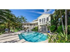 Take a dive into this slice of tropocal paradise. #EWMRealty #CoconutGrove