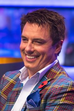 Barrowman Donates Prize To Philippines Relief Auction