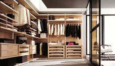Luxury Walk-In Closet Design