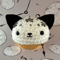 Cookies n cream kitty cupcake by amigurumikingdom.deviantart.com on @deviantART
