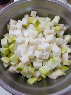 깍두기황금레시피, 아작아작 맛있는 깍두기 담드는법 : 네이버 블로그 Korean Food, Kimchi, Feta, Potato Salad, Cheese, Cooking, Ethnic Recipes, Cuisine, Kitchen