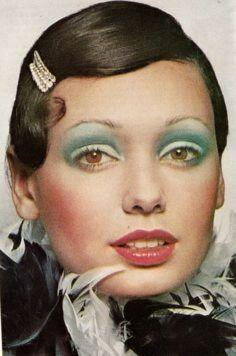 1971 make-up beauty seventies Makeup Inspo, Makeup Inspiration, Beauty Makeup, Eye Makeup, Hair Makeup, Josephine Baker, 1930s Makeup, Retro Makeup, Vintage Makeup Ads