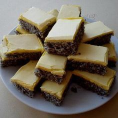 Aj s makom? Sweet Recipes, Cake Recipes, Dessert Recipes, Czech Recipes, Challah, Ham, Cheesecake, Food And Drink, Easy Meals