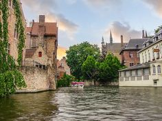 Les Plus Belles Villes de Belgique http://europeanmoving.fr/les-plus-belles-villes-de-belgique/?utm_campaign=coschedule&utm_source=pinterest&utm_medium=European%20&utm_content=Les%20Plus%20Belles%20Villes%20de%20Belgique