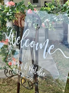 Clear Glass Look Acrylic Wedding Welcome Sign, Personalized Modern Wedding Welcome Sign Decoration for Display, Custom Wedding Sign Event Signage, Wedding Signage, Elegant Wedding, Perfect Wedding, Rustic Wedding, Wedding Gifts, Our Wedding, Dream Wedding, Fall Wedding