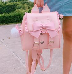 I REALLY REALLY want this as my next backpack cause it's pink and super adorable T. Kawaii Bags, Kawaii Cute, Cute Mini Backpacks, Mode Lolita, Bag Quotes, Bags For Teens, Hello Kitty Collection, Insulated Lunch Bags, Everyday Bag