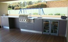 Basic Kitchen Area Concepts For Inside or Outside Kitchen areas – Outdoor Kitchen Designs Built In Outdoor Grill, Built In Grill, Outdoor Kitchen Countertops, Concrete Countertops, Basic Kitchen, New Kitchen, Kitchen Grill, Outdoor Rooms, Outdoor Living