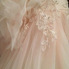 Details on Sleepy Beauty's ball gown #AngeloAccess