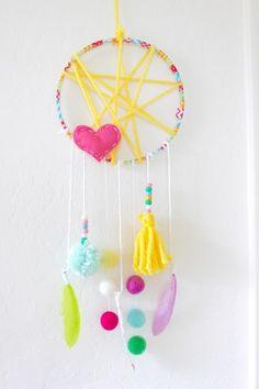 Diy dream catchers for kids more. diy dream catchers for kids more nursery crafts Adult Crafts, Diy Crafts For Kids, Fun Crafts, Arts And Crafts, Kids Diy, Decor Crafts, Diy Dream Catcher For Kids, Dream Catcher Craft, Dream Catchers