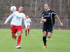 "#Karim #Benyamina schaut im Sprint den Ball etwas ""schräg"" an."